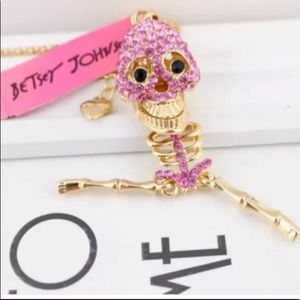 NWT BETSEY JOHNSON RHINESTONE SKELETON NECKLACE